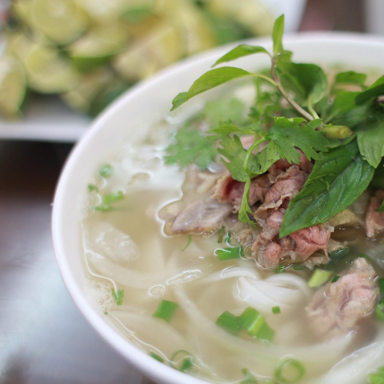 Vietnamese keuken: kip curry en wokgroentemix
