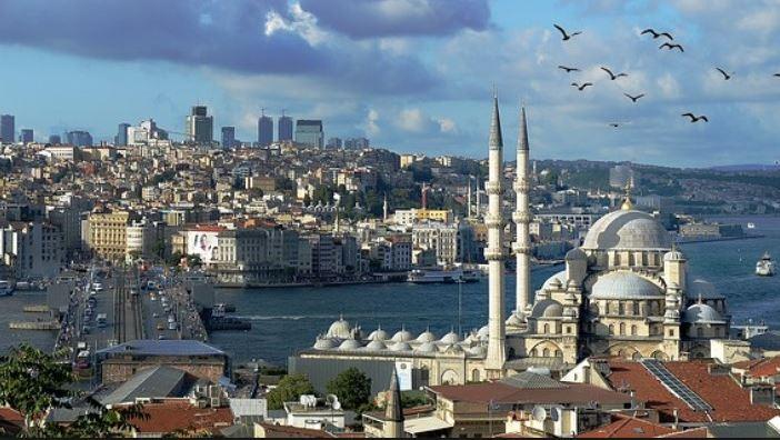 Van Sultan via Ataturk naar Erdogan