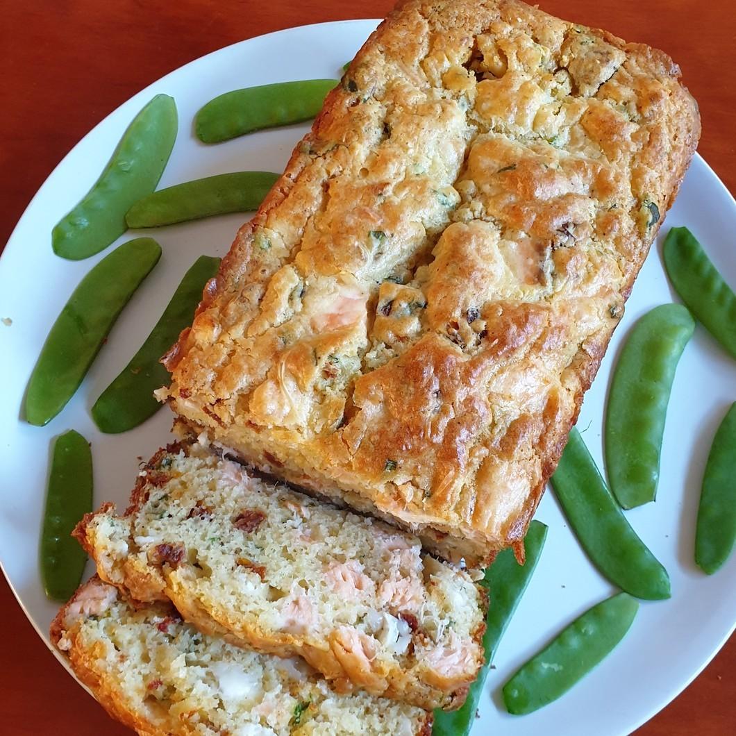 Cake au saumon et poulet flambé à la Normande