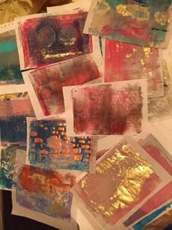 Creatieve Workshop: Gel Plate Prints van herfstbladeren