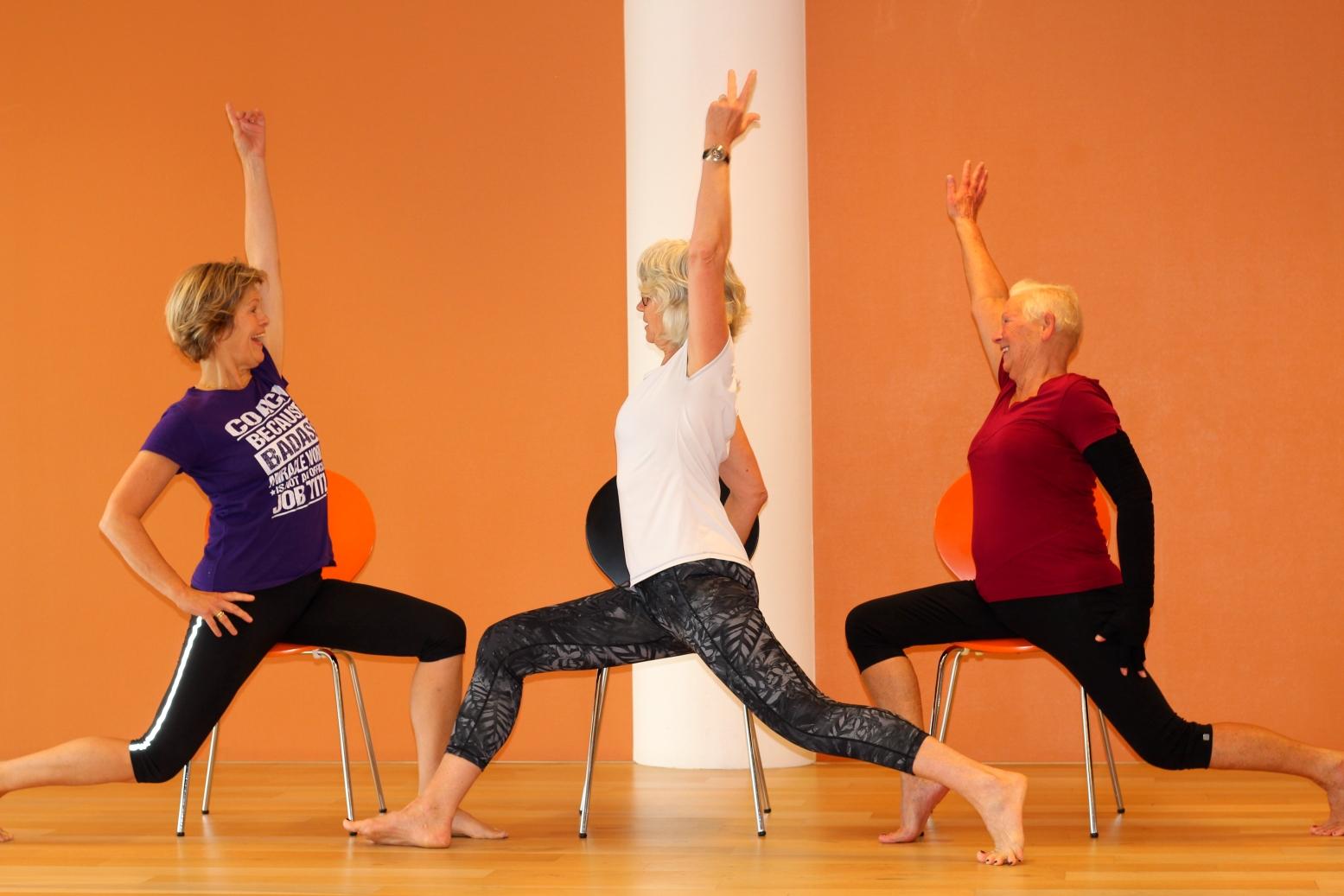 Stoelyoga, een milde vorm van yoga