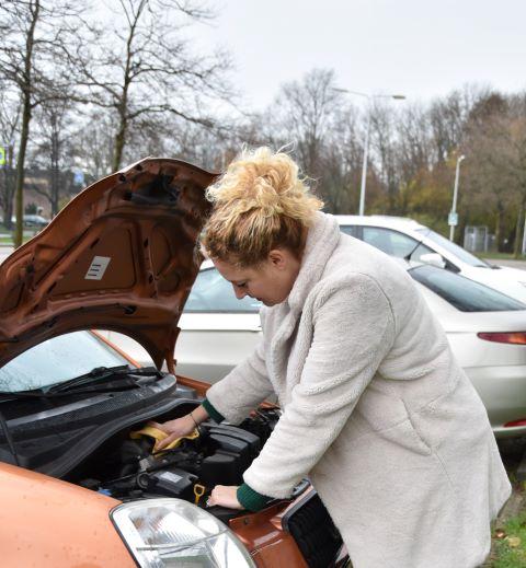Klein onderhoud aan je auto