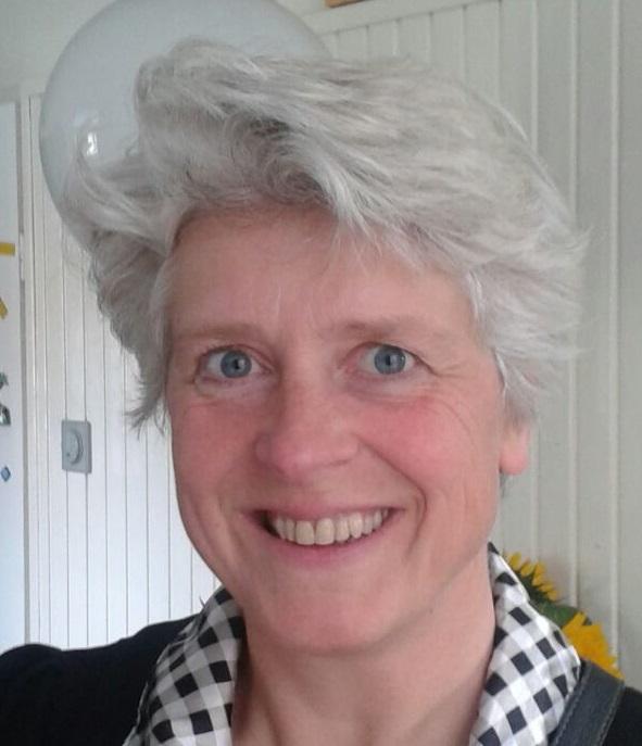 drs. A.A.M. (Annelita) Reinders